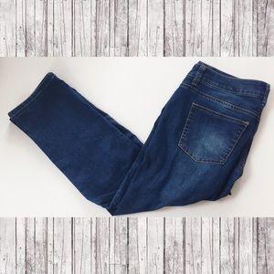 CAbi Jeans size 6 Style 764 crops capris